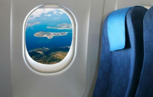 Почему в самолетах иллюминаторы овальной формы