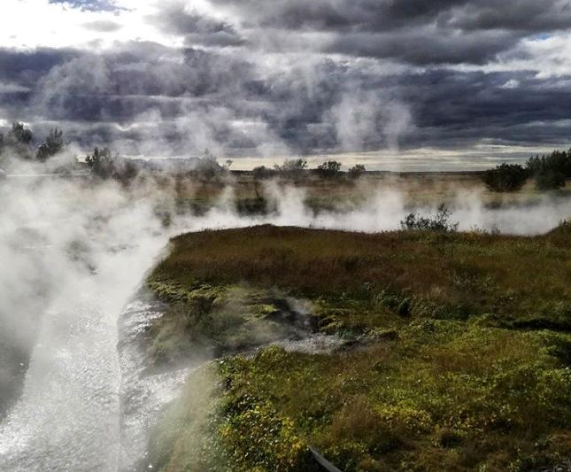 водоем В долине Reykholtsdalur