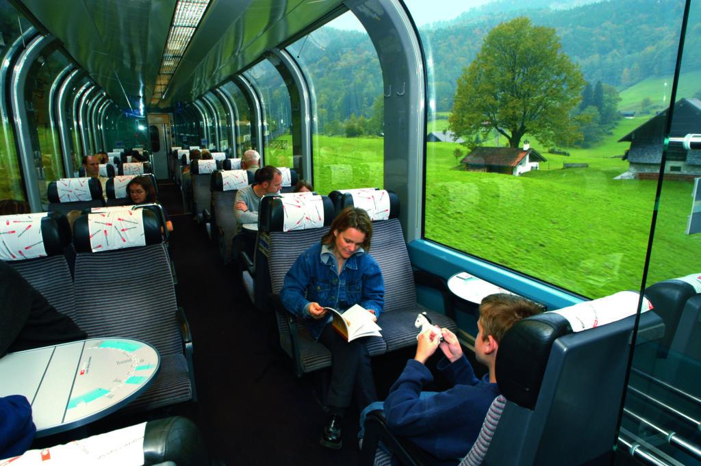 поезд Европы внутри