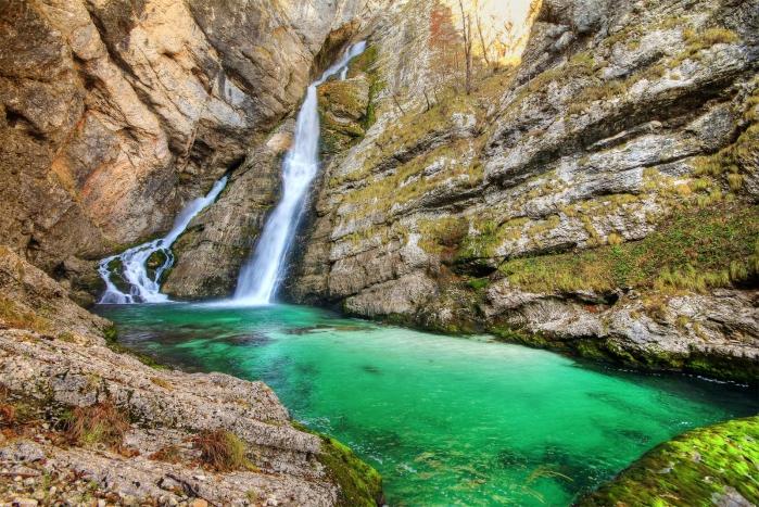 8 лучших мест в Словении, которые вы должны увидеть Водопад Савица