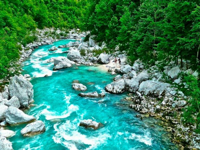 8 лучших мест в Словении, которые вы должны увидеть Река Соча