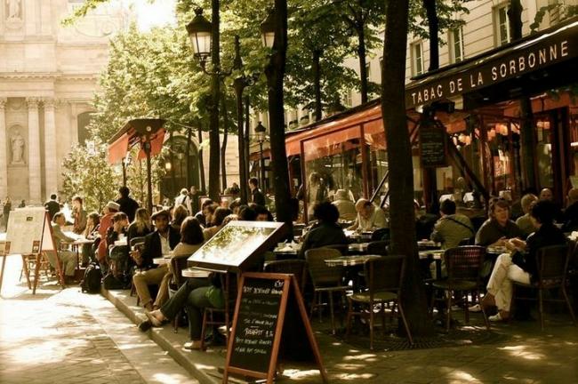 Париж. 17 забавных и удивительных фактов