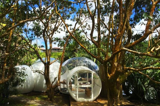 Отдых в пузыре Bubble Lodge Bois Chéri
