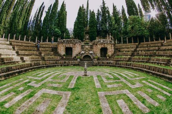 затерянный идеальный город в Италии