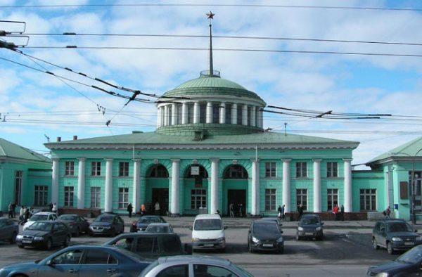Железнодорожный вокзал Мурманска