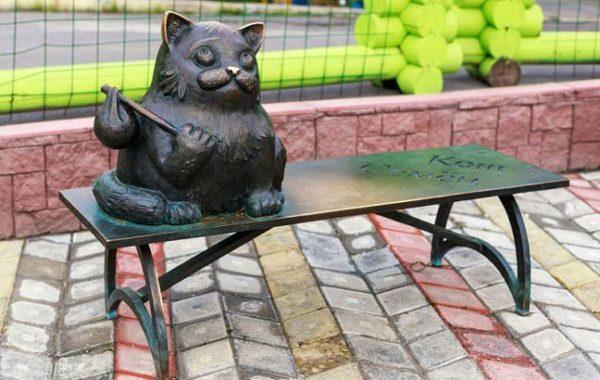 памятник коту «Семёну»