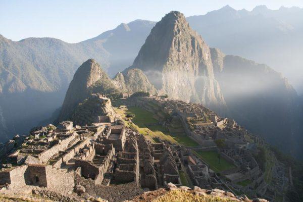 Мачу-Пикчу – древний город инков в Перу
